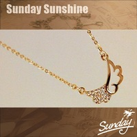Free shipping    The Superfinishing gift     Plated 18K real gold angel wings necklace    clavicle chain