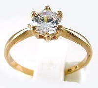 R0199.100% Austrian crystals 18K Rose Gold GP  Wedding Ring; Size:6 -9.  Free shipping ;Provide tracking number.
