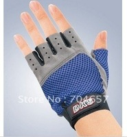 Free Shipping Pair of Sports Gloves Gym Fitness Gloves Anti-Skidding Hand Protector Size Free