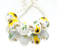 Min.order is $10( mix order )  T32 FREE SHIPPING Lampwork Glass Spacer European Bead Charms 5pcs