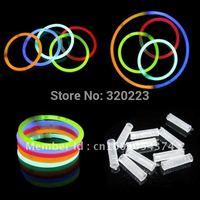 Free shipping-wholesale 2015 new auth 100pcs/lot fashion women and men love party fashion bracelets/ glow-sticks