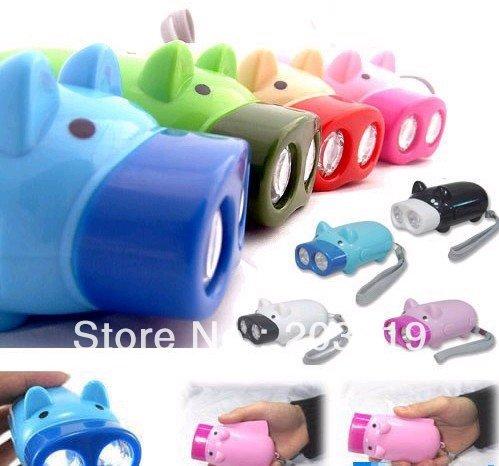 Novelty products Mini Pig 2 LEDs Flashlight LED Keychain wholesale(China (Mainland))