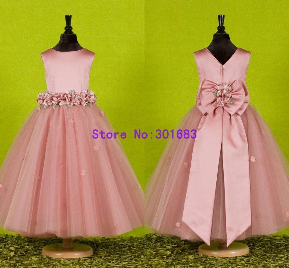 Chica vestido de boda — Cuadros