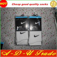 free shipping Male sports socks white color cotton socks ,popular model,cheap price with good quality