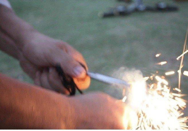 Набор для путешествий Field survival Flint The magnesium bar ignition fire starter