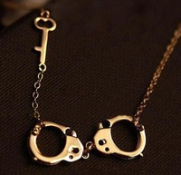 Min order is $15,Popular in Europe ,United States Love Gold-Plated Handcuffs Collarbone /Clavicle  Necklace Free shipping!