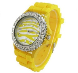 Classic Gel Bling Crystal Silicone Bracelet Watch Ladies Mens Watches Gifts(China (Mainland))