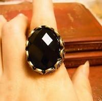 Sunshine jewelry store vintage black gem ring J113 (  $10 free shipping )
