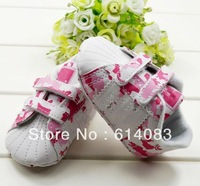Free shipping wholesale 2012 fashion dreamy pink camo sneaker  shoes style prewalkers/infant shoes