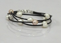 Free shipping Freshwater Pear and leather bracelet