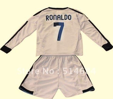 Uniforme Rojo Del Real Madrid Manga Larga   Real Madrid Wallpapers