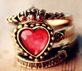 Mixed order $15 At Least Fashion Hot Sale New Arrival Lovely Crown Red Gem Heart Three Rings Ring R206(China (Mainland))