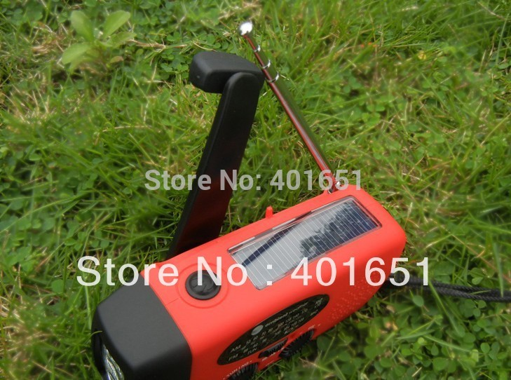 Free shipping 3 in 1 emergency Wind up Solar Dynamo Powered FM AM Radio Phones Chargers