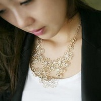 Min.order is $10 (mix order) 31B43  Fashion luxury flowers necklace wholesale free shipping