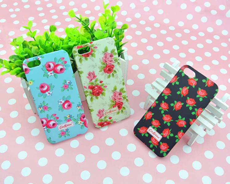 Wholesale Retro pastoral flowers Series smooth case for iPhone 5,iphone case,20pcs/lot free shipping(China (Mainland))