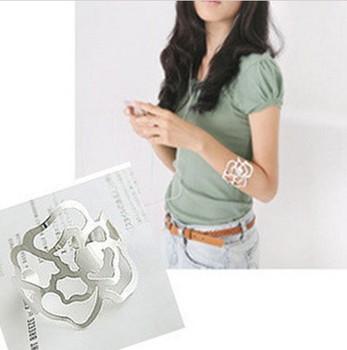 New style hollow flower shape bracelet for women S5401