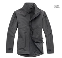Sell like hot cakes of TAD shark skin soft shell charge clothes commander wind waterproof thermal charge clothes