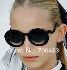 Freeshipping High Quality Tea&Black Round Frames Fashion Sunglasses Women Watch For Fancy Dress Popular SG-21(China (Mainland))