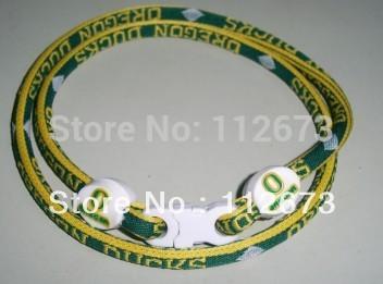 by DHL ncaa nfl us college ncaa football,basketball sports,oregon ducks,titanium sport necklace , Each team 100pcs(China (Mainland))