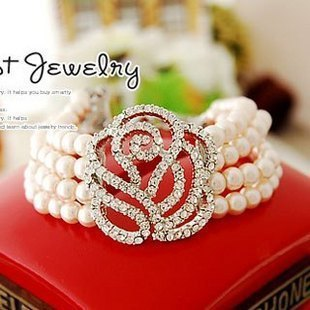 Min order 9.9$Free Shipping Fashion South Korean four layer pearl Flower Bracelet Bangel Free Shipping SZ0111(China (Mainland))