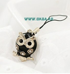 (Min order $10) Free shipping! Europe and the United States foreign trade owl hollow phone chain key chain bag pendant(black