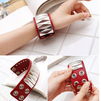 Free Shipping-Factory Sale White And Red Colour Fashion Punk Rivets Wide Leather Bracelet&Bangle Hand Ring Accessory Jewellery