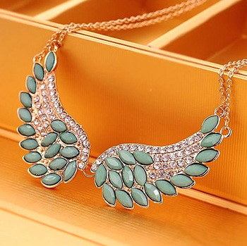 Min.order is $10 (mix order) 41A23 Loving Angel wing necklace Wholesale !Free shipping!
