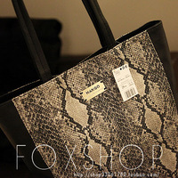 NEW~Mng shoulder bag   serpentine pattern shoulder bag   mango women's handbag   serpentine pattern