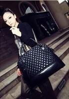 Women's fashion luxury handbags black genuine leather rivet bag large bubble bags designer Factory customized wholesale