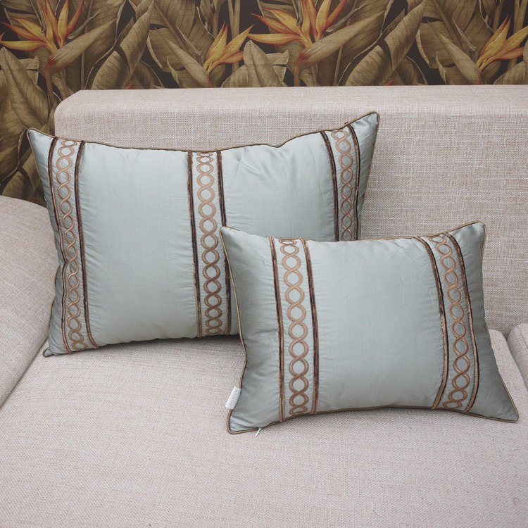 Embroidered Sofa Throw Covers European Luxury Cushion Covers Blue and Green Pillow Cases Chic Back Cushion 40x60cm FreeShipping(China (Mainland))