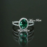 Synthetic Emerald Oval Shape Ring Green Color Luxury 925 Sterling Silver White Gold Plated Excellent Workmanship