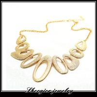 Fashion brand gold chain Chokers Necklaces pendants Golden alloy big Ellipse design vintage necklaces women jewelry