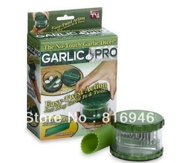 Free shipping! Garlic Free E-Z Peel,Cooking Tools,Garlic Pro No Touch Dicer Nuts Free E-Z Peel as seen on TV, 1 SET(China (Mainland))