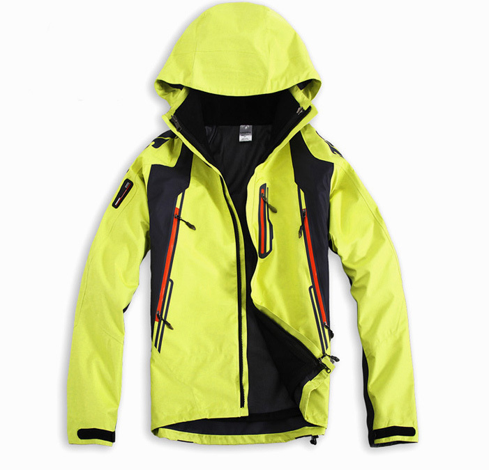 2013 men Outdoor Climbing clothes fashion two-piece coat ski suit men's sports jacket Free Shipping(China (Mainland))