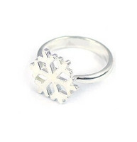 Min.order is $5 (mixed order)free shipping hot sale snowflake ring rhinestone ring girls love for Christmas gift