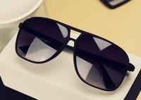 Free Shipping High Quality!Brand Designer Vintage Star Women Men Sun Glasses Big Black Cycling Sports  Sunglasses COLORFUL LENS