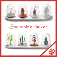 2013 New Arrival Free Shipping (One set of 4) Animal Parade Spice / Seasoning Shakers