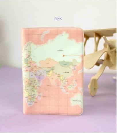 Carte du monde rose, détenteur d'un passeport, dossier de passeport