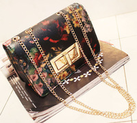Fashion Hot Sale Flower Printed Gold Chain Bags Small Size Shoulder Bags Retro Style Casual Bags