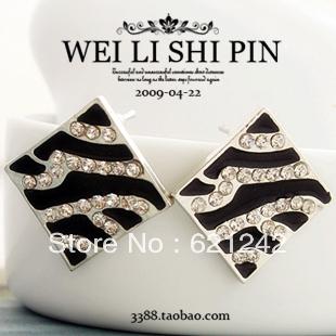 Blace Oil Drip Rhinstone Zebra-stripe Earring Eardrop America Gig Fan Fashion Ear Accessories D023