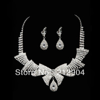 Free Shipping For Min Order $39The bride wedding dress accessories crystal rhinestone  necklace and earrings