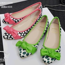 2013 Korean spring Dot Bow Pumps flats Satin Polka Pointed Low shoes Within the higher shoes(China (Mainland))