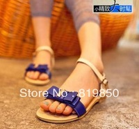 free shipping 2013 new Princess flat heel open toes PU sandals with rhinestone Retail Wholesale