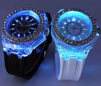 New 2013 Geneva Women Rhinestone Watches  Luminous Brand Diamond 7 Flash Colorful LED Lovers Watches Men Sport Silicone ML0123
