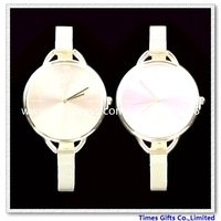 Free Shipping 1 Piece Fashion Analog type women's electronic movement Gold Wrist Watch Xmas Gift christmas gift