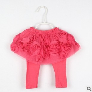 Free shipping 2013 summer models rose yarn series girls backing culottes(China (Mainland))