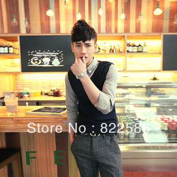 FREE SHIPPING Spring 2013 male vest pullover sweater vest V-neck men's slim knitted vest male