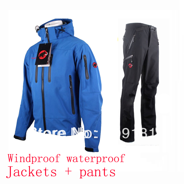 2013 brand men&#39;s softshell fleece jacket +pants suit,windproof,waterproof,camping&amp;hiking outdoor jacket hoodies coat(China (Mainland))