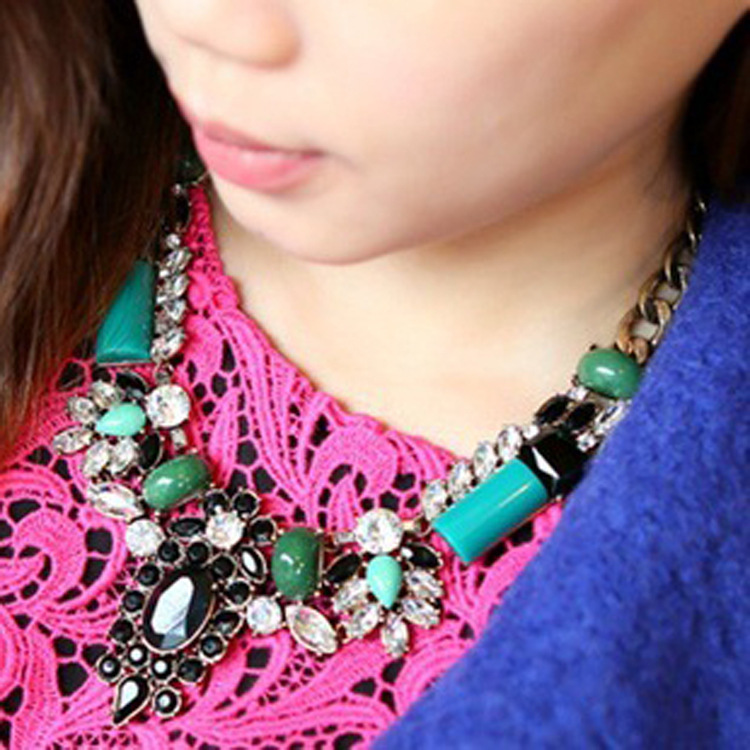 Min Order Is 15 $ Free Shipping ,New Delicate Wedding Banquet J.c Turquoise Necklace Europe h&m Detonation Model BL2025(China (Mainland))