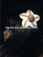 2014 fashion jewelry yiwu cheapest crystal alloy baseball white stitching seam baseball flowers with clip hair accessiores